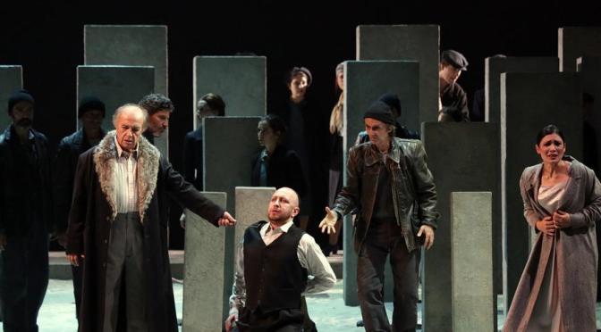 Nabucco al Teatro alla Scala, Nucci e colleghi limitano i danni di Santi e regia